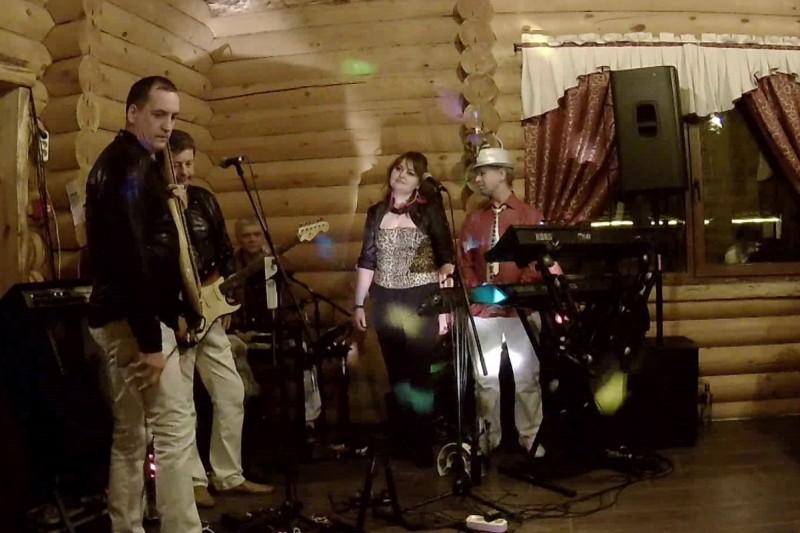 День рождения - отличный повод пригласить музыкантов