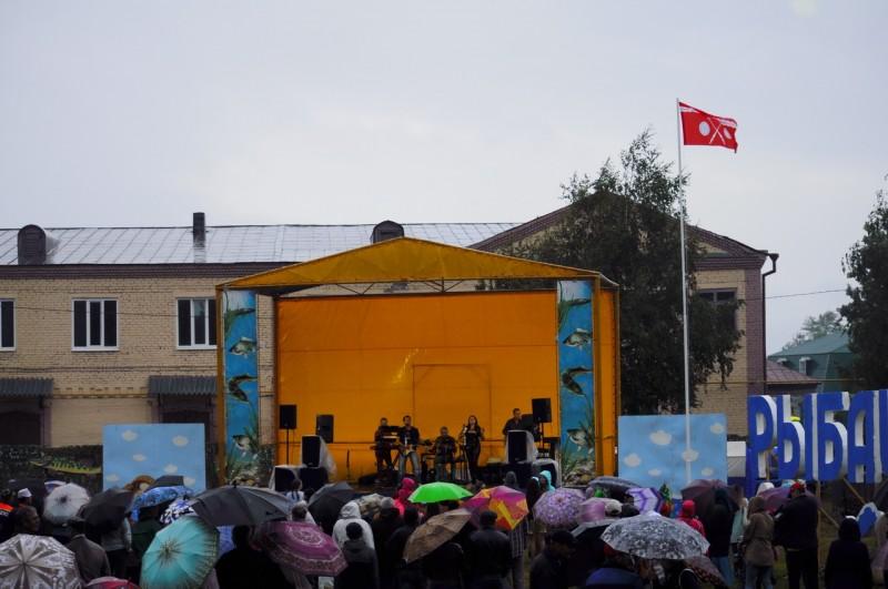 Группа Мёд на праздновании дня города. Тетюши, Татарстан.