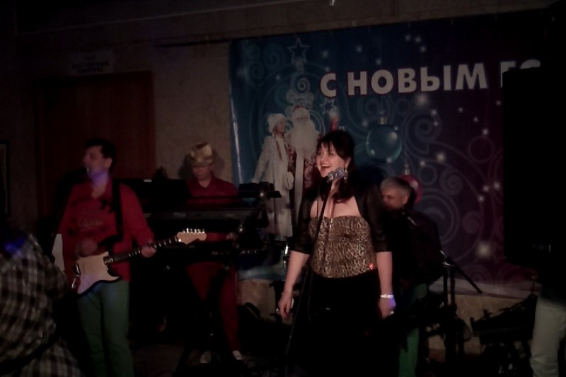 <br /> <b>Notice</b>:  Undefined index: photo_name in <b>/home/admin/web/honeyband.ru/public_html/inc/poster.inc.php</b> on line <b>25</b><br />